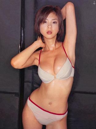 hoshino_aki01s.jpg